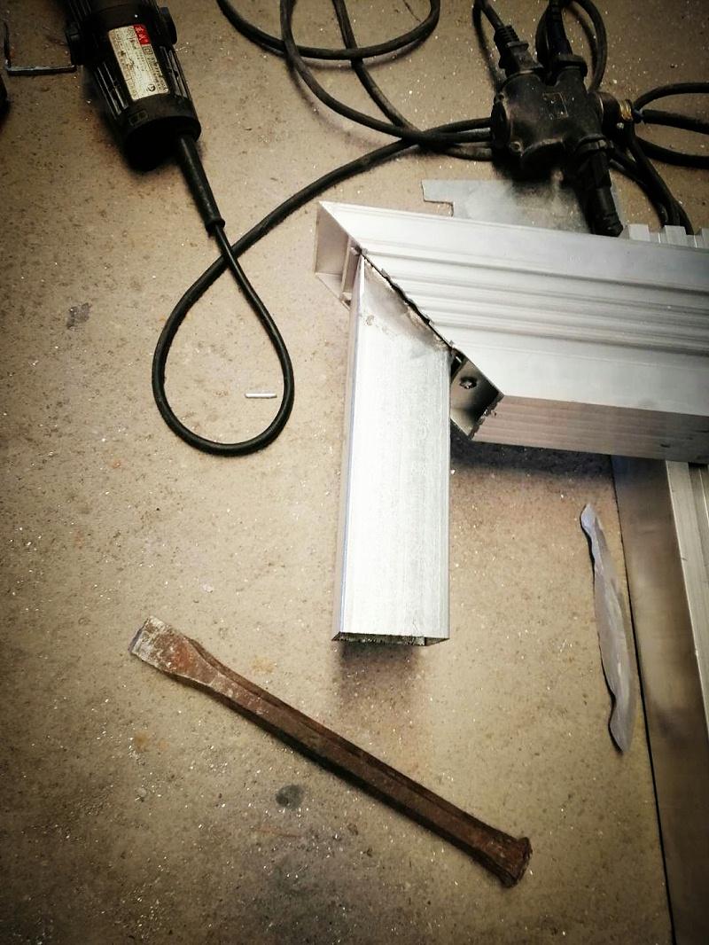 铝艺门稳固细节