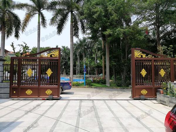乔苑山庄别墅陈总定制铝艺阳台护栏